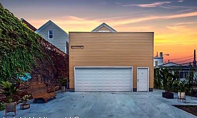 Building, 3246 Lorain Ave, 1