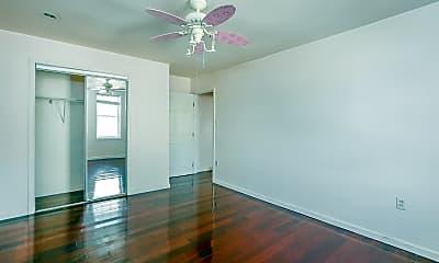 Bedroom, 2031 E Huntingdon St, 2