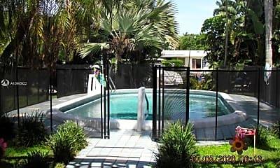 Pool, 90 Isle of Venice Dr 9A, 0