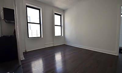 Living Room, 520 W 148th St, 1