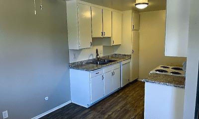 Kitchen, 25935 Rolling Hills Rd, 1