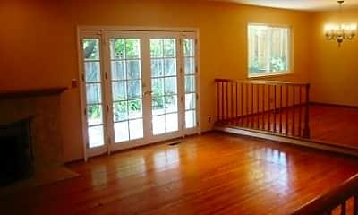 Living Room, 150 Piedmont Ct, 1