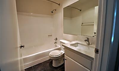 Bathroom, 11505 Riverside Drive, 2