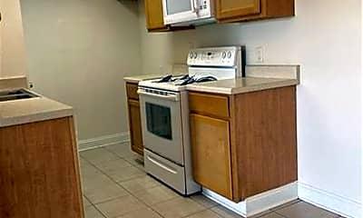 Kitchen, 8704 Livingston Ave, 1