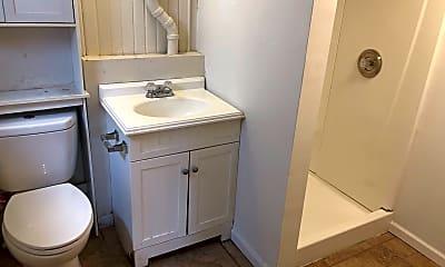 Bathroom, 161 Frambes Ave, 2