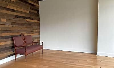 Living Room, 2611 University Ave, 1