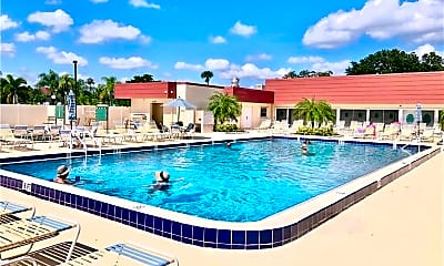 Pool, 36 Pine Arbor Ln, 2