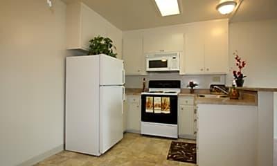Bel Brook & Hideaway Apartments, 2