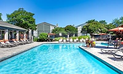 Pool, Township in Hampton Woods, 0
