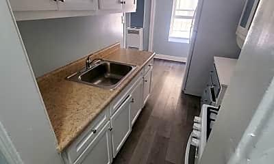 Kitchen, 849 Gramercy Dr, 2