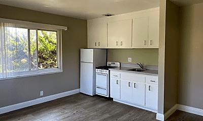 Kitchen, 5499 Claremont Ave, 0