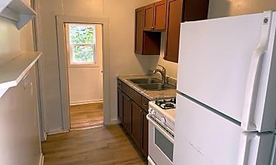 Kitchen, 1433 Dean Ave, 1