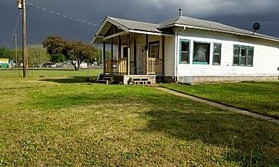 Building, 105 E Grandview Dr, 1