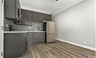 Living Room, 302 1/2 Patton St, 0
