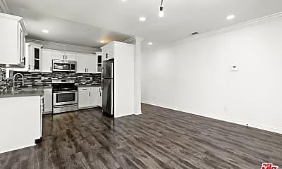 Kitchen, 2216 S Palm Grove Ave 2212, 1