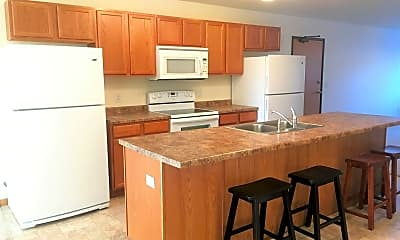 Kitchen, 816 10th Avenue NW, 1