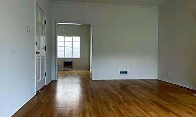 Living Room, 1623 Hillhurst Ave, 1