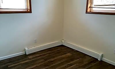 Bedroom, 358 5th Ave E, 2
