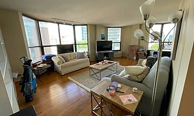 Living Room, 899 S Plymouth Ct 708, 1