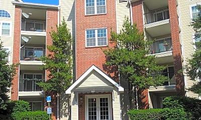 Building, 3313 Wyndham Cir 4213, 0