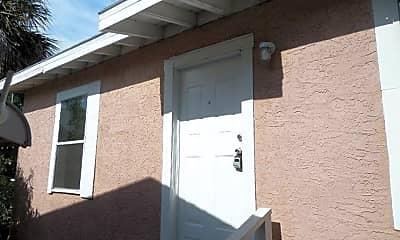 Building, 1307 Roosevelt Ave, 1