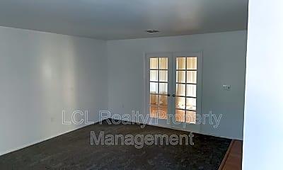 Living Room, 29102 Pebble Beach Dr, 0