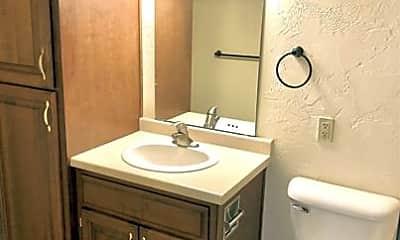 Bathroom, 2364 Canter Ln, 2