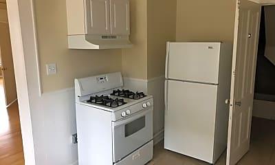 Kitchen, 1838 N Warren Ave, 1