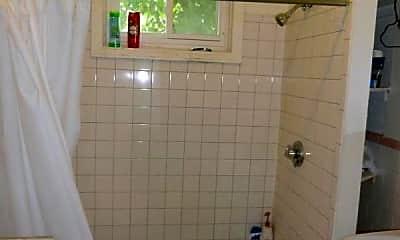 Bathroom, 376 Washington St, 1