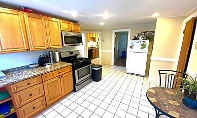 Kitchen, 172 Walnut St, 0
