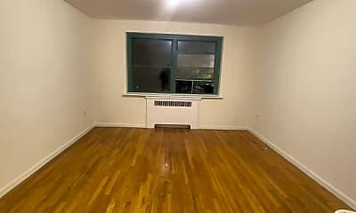 Living Room, 89 Ravine Ave, 1