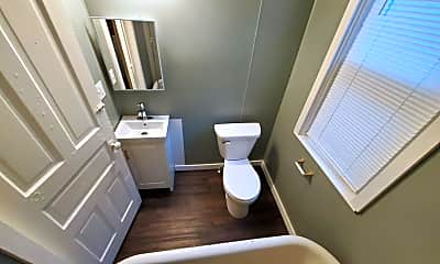 Bathroom, 25 W 4th St, 2