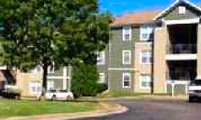 Building, Aspen Bluff Apartments, 1