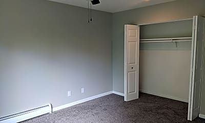 Bedroom, 915 Fillmore St., 1