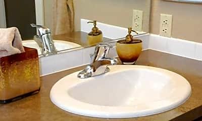 Bathroom, Graymayre Crossing Apartments, 2