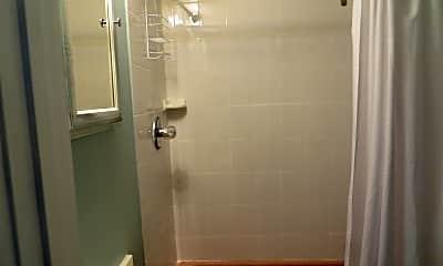 Bathroom, 1 7th Ave, 2