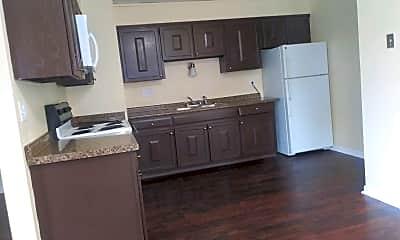 Kitchen, 3311 Sun Valley Terrace, 2