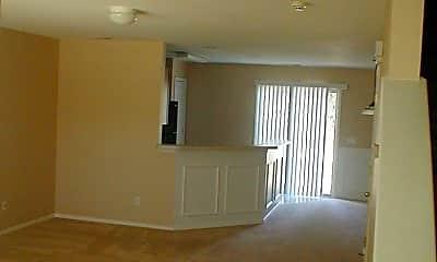 Living Room, 246 Station Mill Blvd, 1