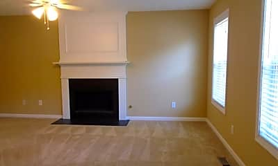 Living Room, 804 Eagle Glen Crossing, 1