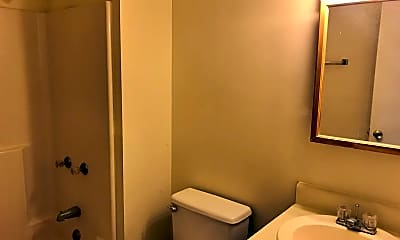 Bathroom, 29 Countryplace Ln, 2