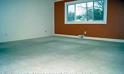 Living Room, 5105 Cynthia Ct, 1