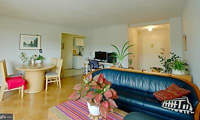 Living Room, 10201 Grosvenor Pl 828, 1