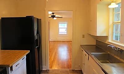 Kitchen, 946 S Masonic St, 1
