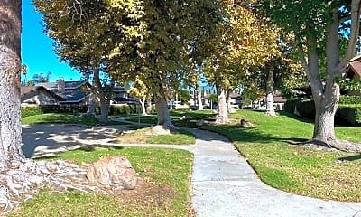 831 S Park Vine St, 2