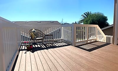 Patio / Deck, 1042 W Almond Ave, 2