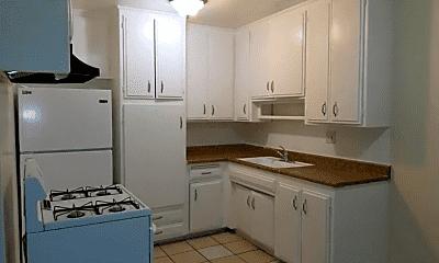 Kitchen, 1449 S Point View St, 2