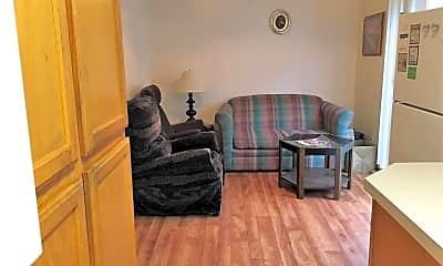 Bedroom, 7603 N Gravenstein Ave, 0