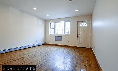 Living Room, 192 Monroe St, 0
