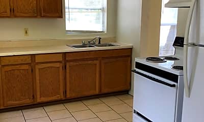 Kitchen, 1015 S Washington St, 1