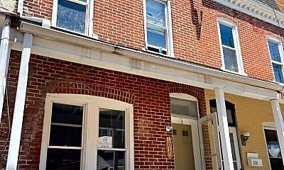 Building, 1033 W Court St, 0